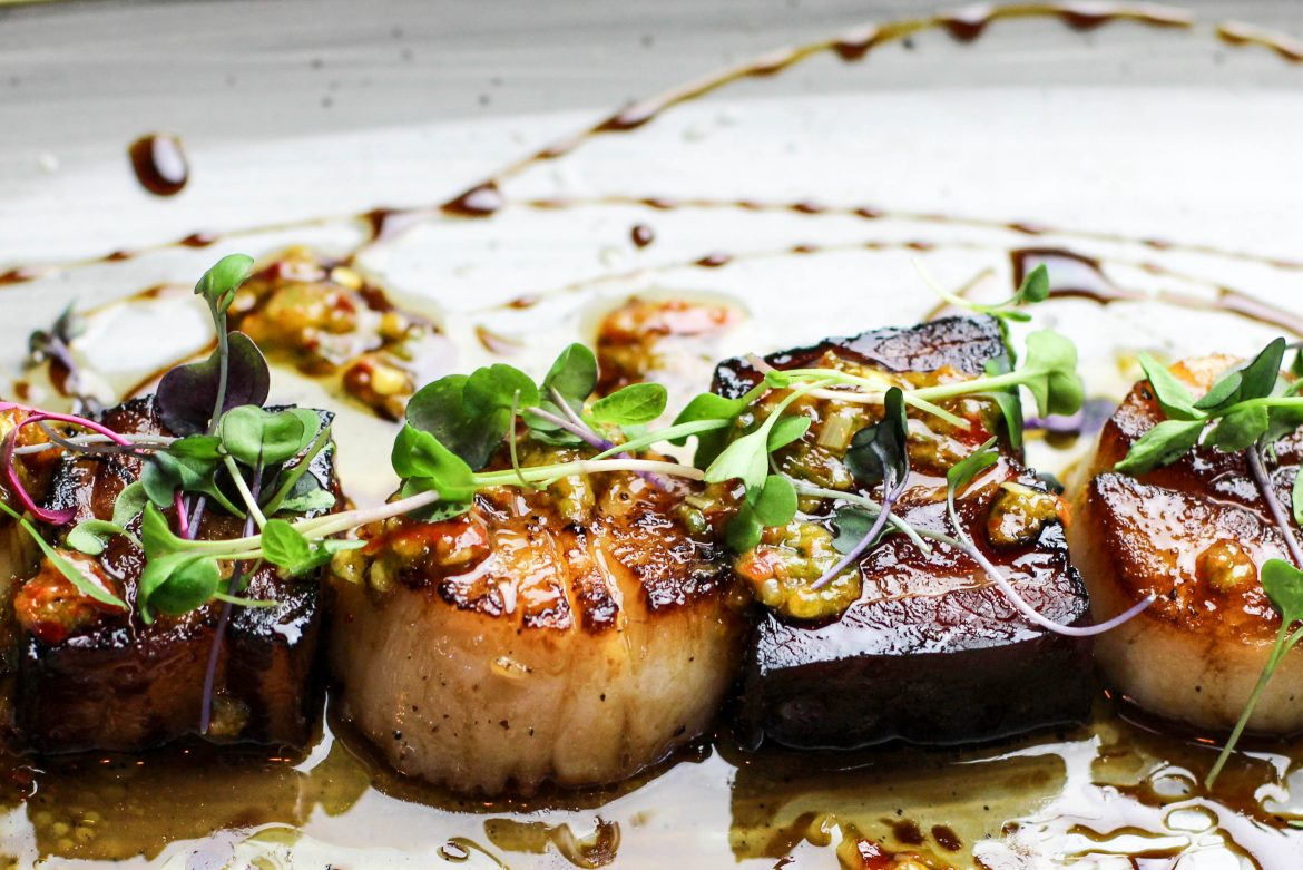 Best Friends with seared scallops and cured pork belly